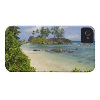 Coastal view on Mahe Island iPhone 4 Case-Mate Case
