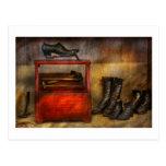 Cobbler - Life of the cobbler Post Card