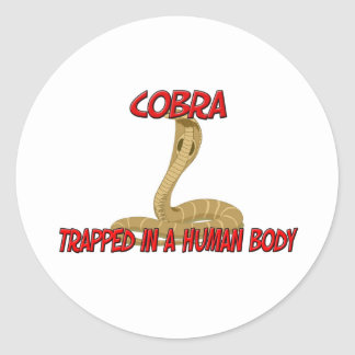 Cobra atrapada en un cuerpo humano pegatina redonda