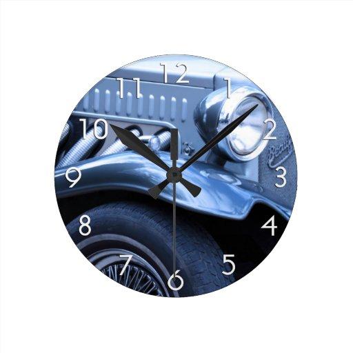 Coche #1 del vintage reloj redondo mediano