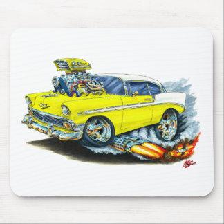 Coche amarillo 1956 de Chevy 150-210 Alfombrilla De Raton