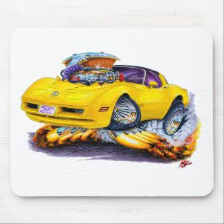 Coche amarillo 1980-82 del Corvette Tapetes De Ratón
