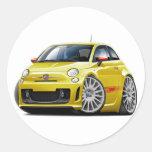 Coche amarillo de Fiat 500 Abarth Pegatina Redonda