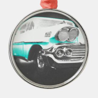 coche clásico azul brillante del impala chevy 1958 ornato