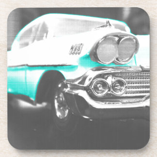 coche clásico azul brillante del impala chevy 1958 posavaso