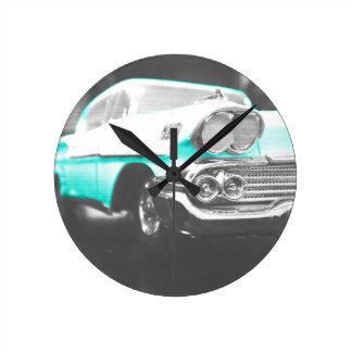 coche clásico azul brillante del impala chevy 1958 relojes de pared