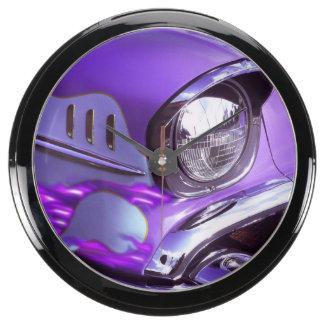 Coche clásico: Chevrolet con la capilla llameante Relojes Aquavista