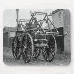 Coche de bomberos antiguo, los años 20 tapete de raton