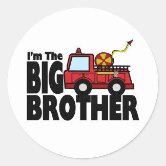 Coche de bomberos de hermano mayor etiquetas redondas