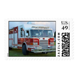 coche de bomberos de la parte frontal del estampilla