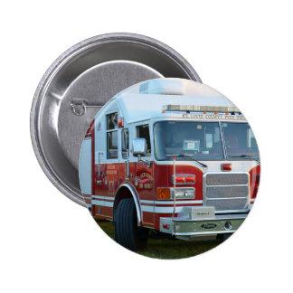 coche de bomberos de la parte frontal del pin redondo 5 cm