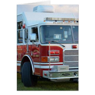 coche de bomberos de la parte frontal del tarjeta de felicitación