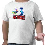 Coche de bomberos del 3ro cumpleaños del muchacho camisetas