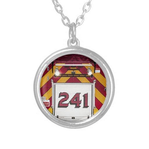 Coche de bomberos rojo grande collar personalizado