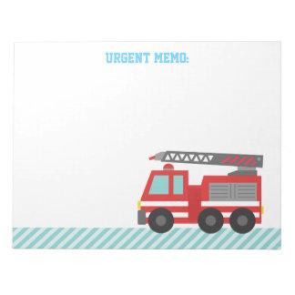 Coche de bomberos rojo lindo para los pequeños bom blocs