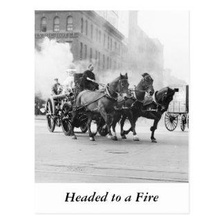 Coche de bomberos traído por caballo 1900s tempra tarjetas postales