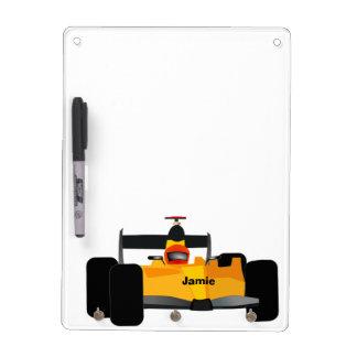Coche de carreras amarillo personalizado de tableros blancos