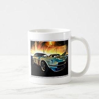 Coche de carreras de Datsun Z Taza