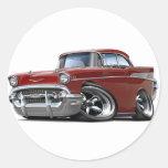 Coche de carreras marrón 1957 de Chevy Belair Pegatinas Redondas