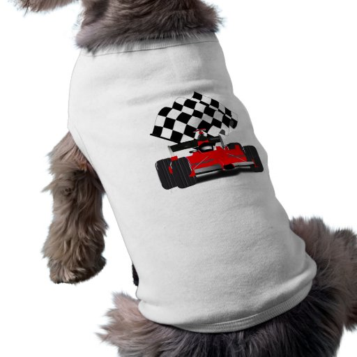 Coche de carreras rojo con la bandera a cuadros ropa de mascota