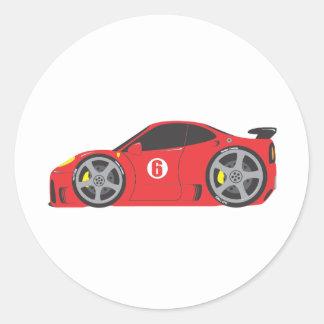 Coche de carreras rojo pegatina redonda