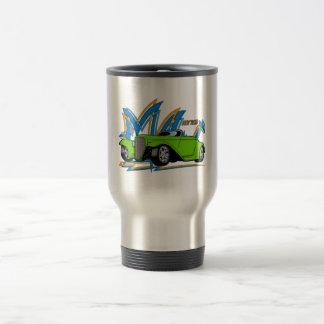 Coche de carreras verde taza de café