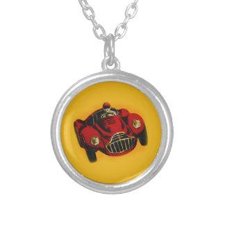 Coche de competición auto viejo amarillo rojo colgante redondo