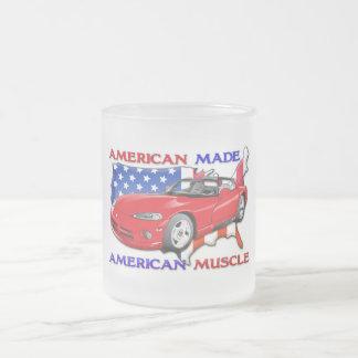 Coche de deportes hecho americano taza de cristal