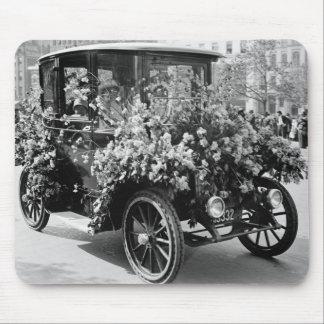 Coche de la flor del Suffragette: 1914 Tapete De Ratón