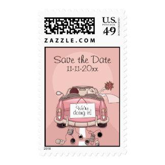 Coche de partida rosado de novia y del novio - envio