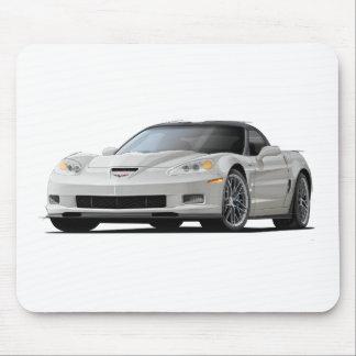 Coche del blanco del Corvette ZR1 Alfombrilla De Ratones