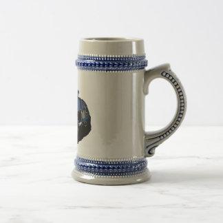 Coche del dibujo animado jarra de cerveza