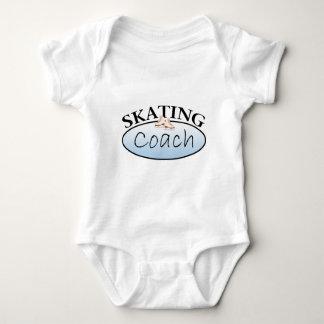 Coche del patinaje artístico playeras