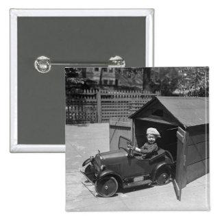 Coche del pedal del coche de carreras, 1900s tempr pin