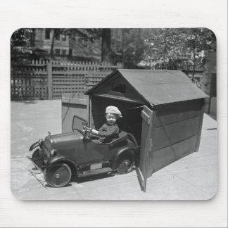 Coche del pedal del coche de carreras, 1900s tempr tapetes de raton