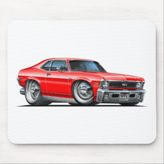 Coche del rojo de Chevy Nova Alfombrillas De Raton