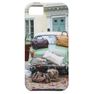 Coche del vintage con las porciones de equipaje iPhone 5 coberturas