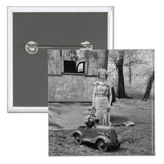 Coche en la Gran Depresión, los años 30 del pedal  Pin Cuadrado