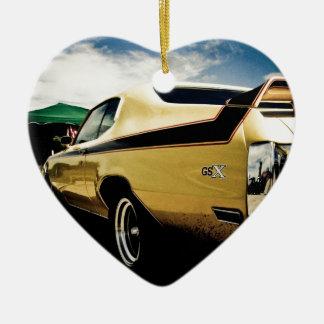 Coche impresionante del músculo de Buick GSX Adorno Navideño De Cerámica En Forma De Corazón