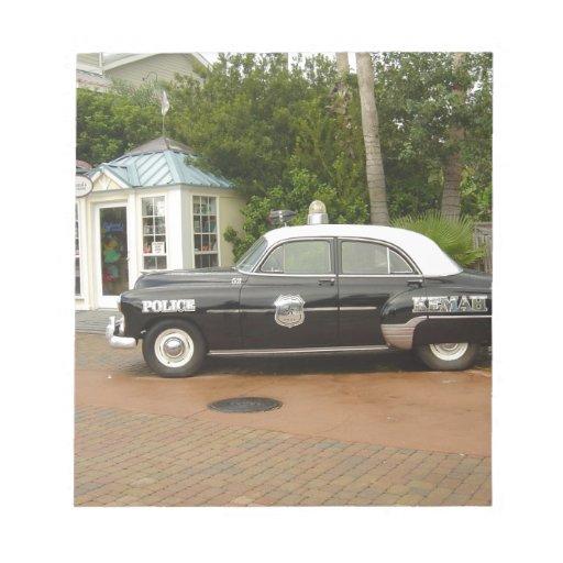 'Coche policía de 51 Chevrolet Blocs