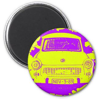 Coche trabante y muro de Berlín amarillo/púrpura Imán Redondo 5 Cm