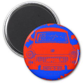 Coche trabante y muro de Berlín rojo/azul Imán Redondo 5 Cm