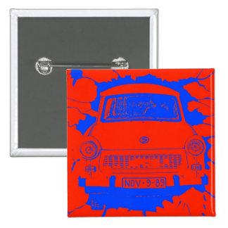 Coche trabante y muro de Berlín rojo/azul Pins