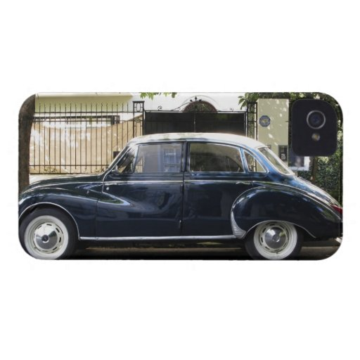 Coche viejo pero muy bien guardado de Audi Case-Mate iPhone 4 Cárcasas