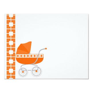 cochecillo de bebé anaranjado invitación personalizada