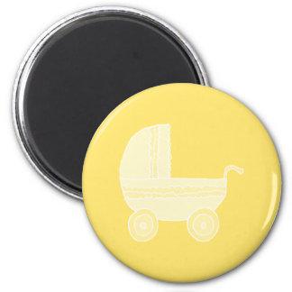 Cochecito de bebé amarillo iman