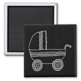 Cochecito de bebé blanco y negro iman de frigorífico