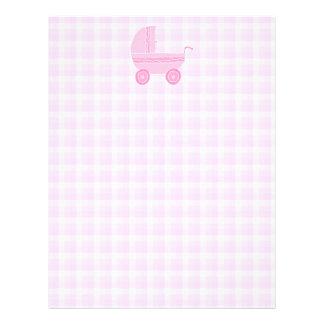 Cochecito de bebé. Rosa claro en la guinga rosada Membrete Personalizado