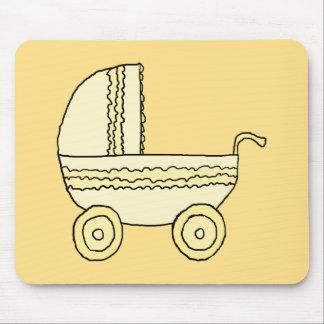 Cochecito de niño amarillo del bebé tapete de raton