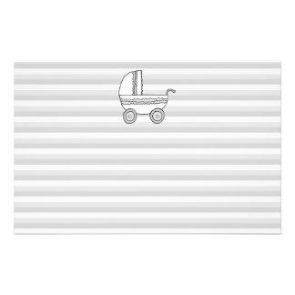 Cochecito de niño blanco y gris del bebé tarjetón
